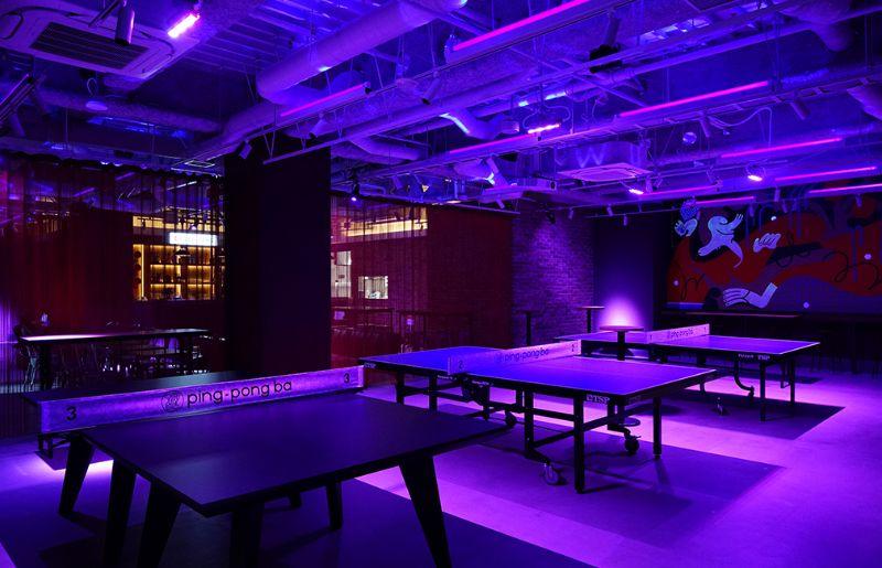 お酒と卓球(ピンポン)が楽しめる遊び場。卓球コミュニティスペース「ping-pong ba」。